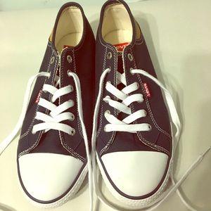 Levi's canvas women shoes size 10, Brand new.
